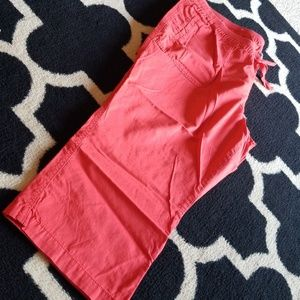 Coral Pull on capris